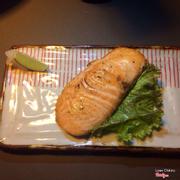 Cá hồi nướng muối