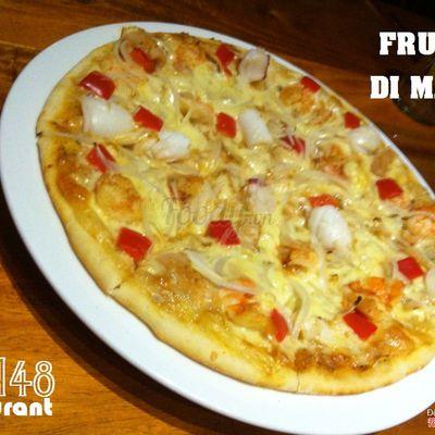 Frutti Di Mare (Pizza Hải Sản) Biểu tượng cảm xúc grin  Tomato sause, mozzarella cheese and mixed seafood Rate: 115.000vnd - 145.000vnd