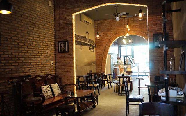 Kaffeine Cafe - Thống Nhất