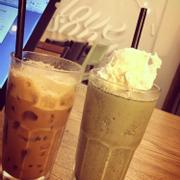Coffee và matcha đá xay ;)