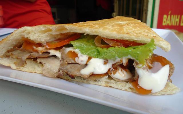 One One - Bánh Mì Doner Kebab