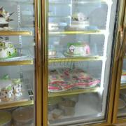 Không gian tiệm bánh
