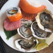 Sashimi + hàu tái chanh