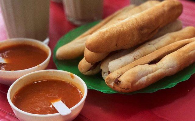 Bánh Mì Cay & Chè Thái - Hai Bà Trưng