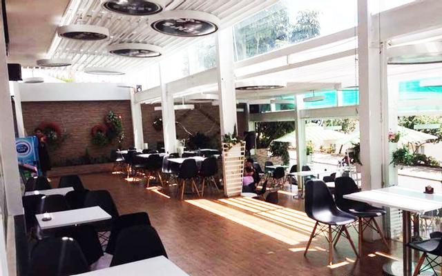 Len's Cafe & Restaurant