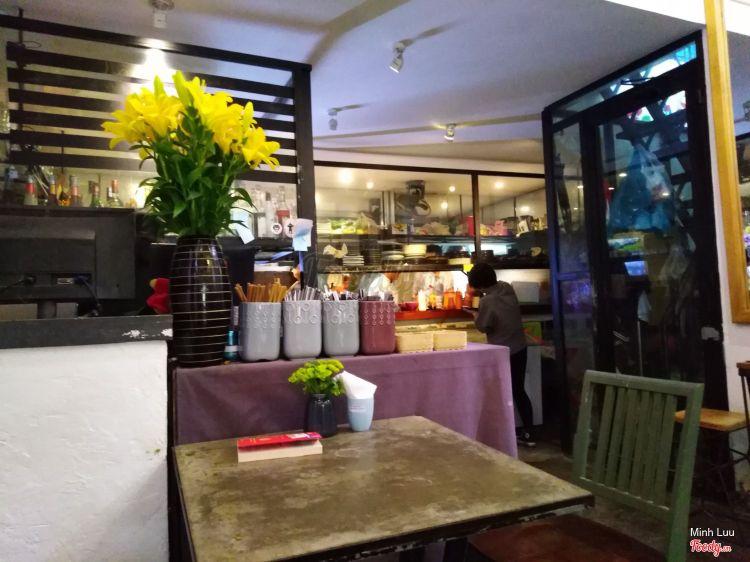 Nôm Nôm Restaurant & Cafe ở Khánh Hoà