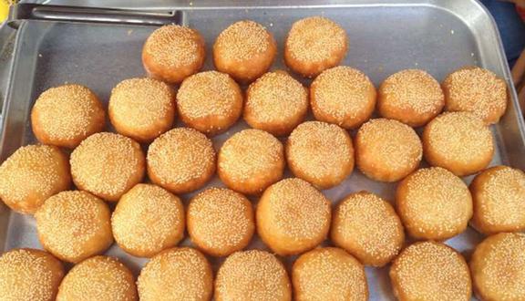 Bánh Cam - Cách Mạng Tháng 8