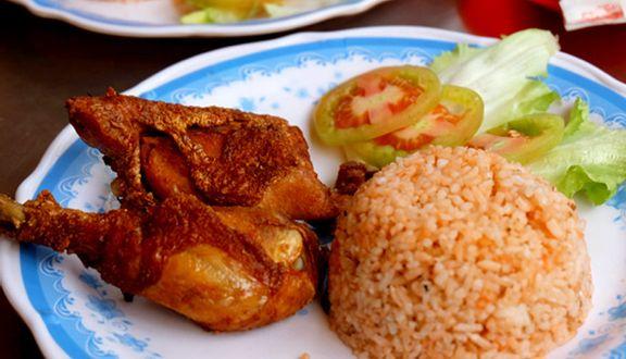 Cơm Gà Hồng Nam