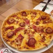 Pizza aloha ngon lắm í.ăn béo béo kết hợp với dứa cân bằng lại tuyệt luôn.mình dùng món theo ngày 139k