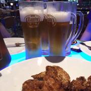 Bia tươi zamky, gà rán