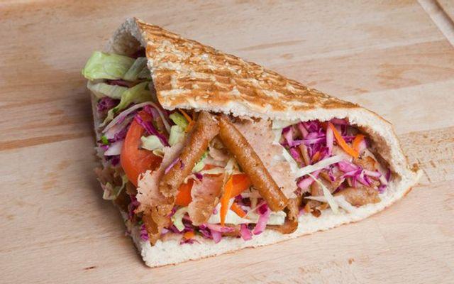 Bánh Mì Thổ Doner Kebab