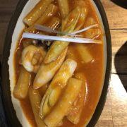Bánh gạo cay hải sản