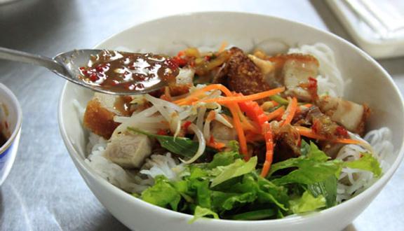 Quán Tam Thắng - Mì Quảng & Bánh Đập