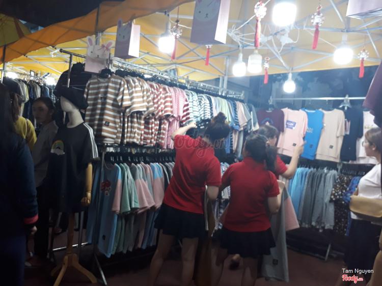 Hello Weekend Market ở TP. HCM