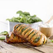 G013 - Bánh Trellis Rau chân vịt, Phô mai, Giăm bông Spinach and Ricotta Trellis Trọng lượng: 110g Thành phần: Rau bina: 12% Ricotta: 2%