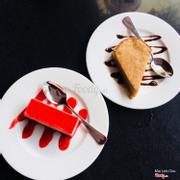 Bánh yogurt dâu + Bánh chuối