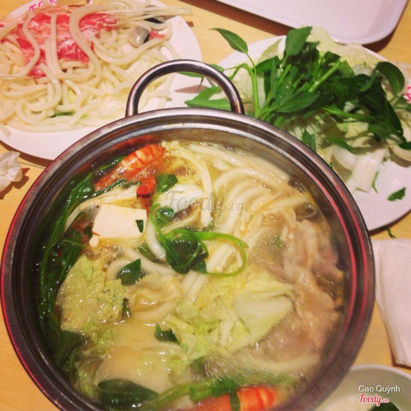 Lẩu kimchi bò