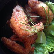 Cánh gà Tom Yum