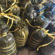 Chả bò Hạnh đặc sản Đà Nẵng . Rất thuận lợi cho các khách du lịch tại Đà Nẵng . Chỉ với giá 270k/1kg . Freeship nội thành cho các khách mua chả ! Nhấc tay lh sdt : 0905250258 gặp chị Hạnh nhé các khách !