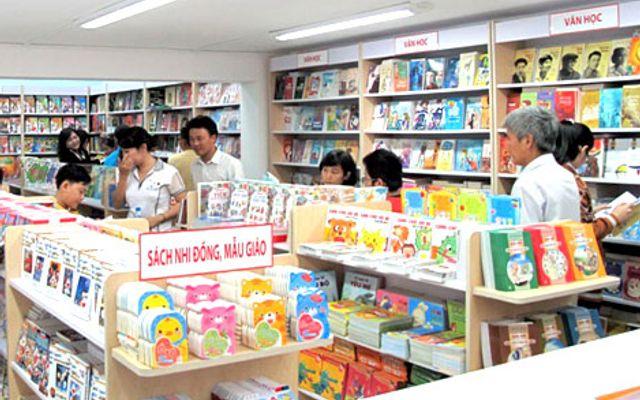 Nhà Sách Chi Lan