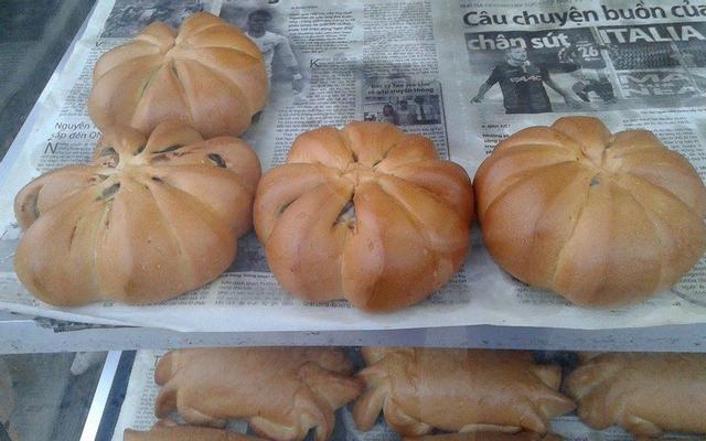 Ba Cải - Lò Bánh Mì Điện