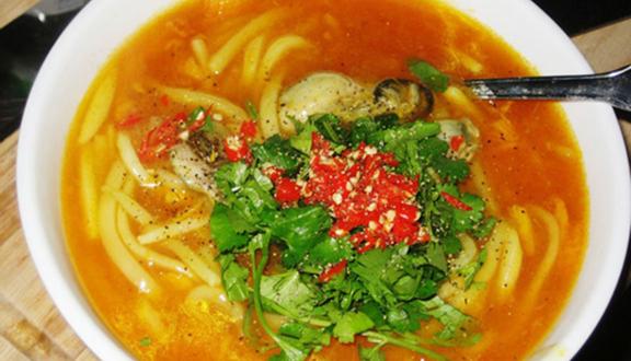 Bánh Canh Cá Lóc - Nguyễn Huệ
