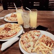 Combo ( Pizza + spaghetti + khoai chiên ) kèm nước uống tự chọn