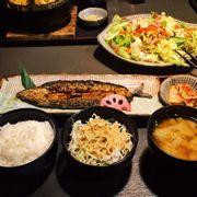 cơm cá sanma sốt teriyaki