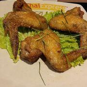 Cánh gà chiên kiểu Thái