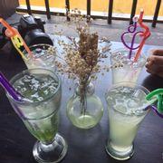 Soda táo + nước chanh đá