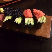 Cavia, mentaiko sushi