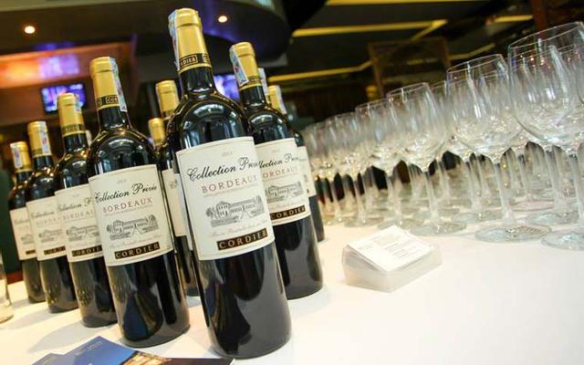 Red Apron Fine Wines & Spirits - Thảo Điền