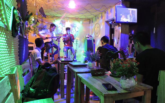 Acoustic Coffee Club Off