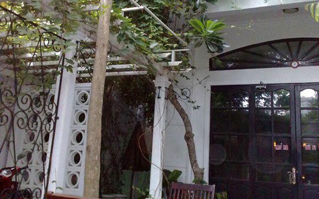 Thềm Xưa Cafe