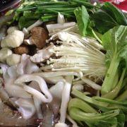 Lẩu hải sản nấm