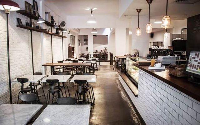 L'Usine Restaurant - Lê Thánh Tôn