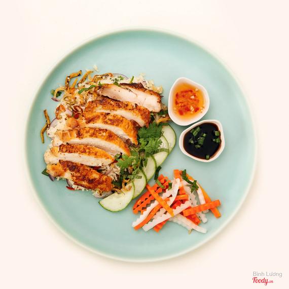 L'Usine chicken rice