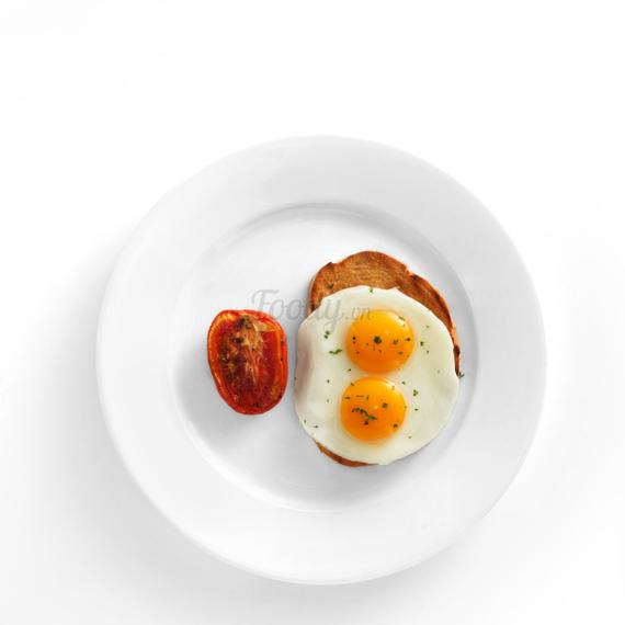 Choice of 2 eggs on toast