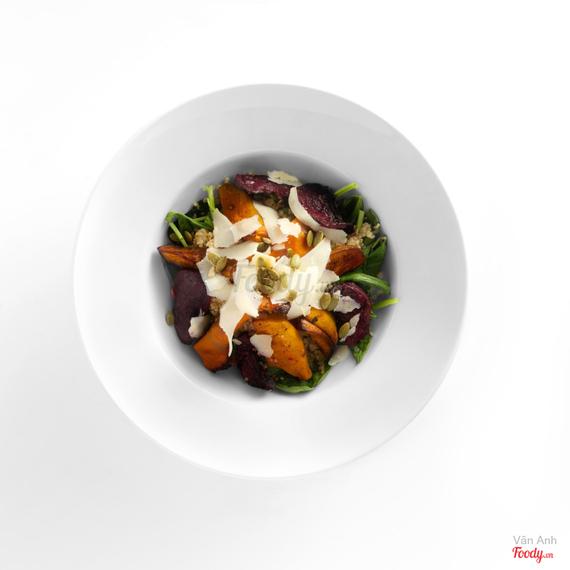 Roasted pumpkin & beetroot salad (v)