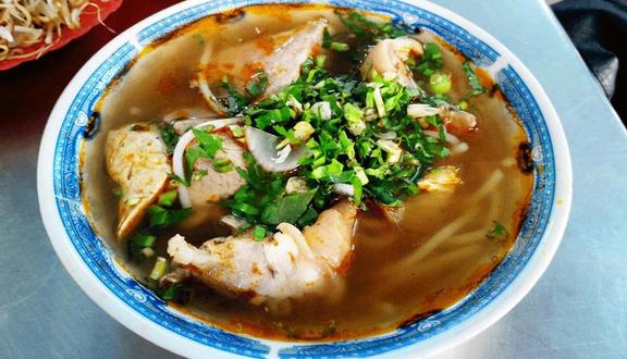 Huỳnh Châu - Bún Bò Huế