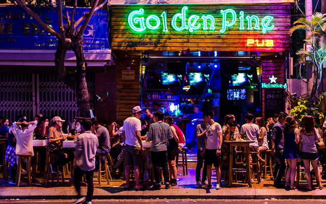 Golden Pine Pub