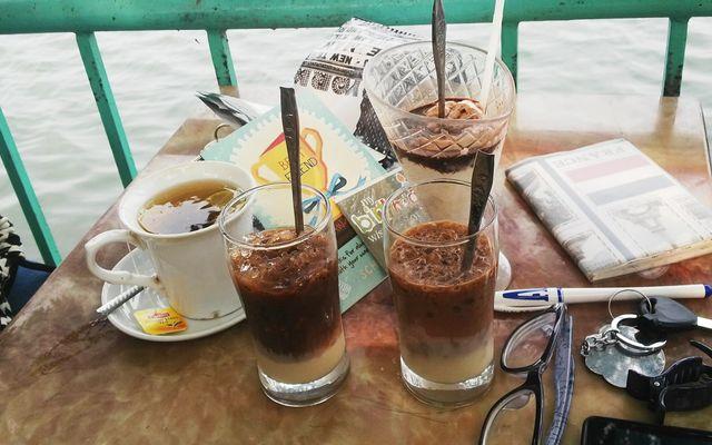 Tre Cafe - Đường Ven Hồ