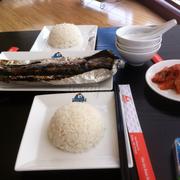 Cơm trắng cá SaBa nướng