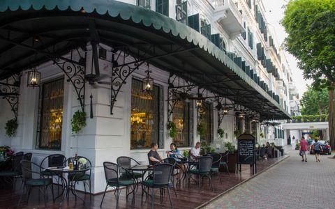 Quán cà phê trà bánh siêu đẹp ở Hà Nội
