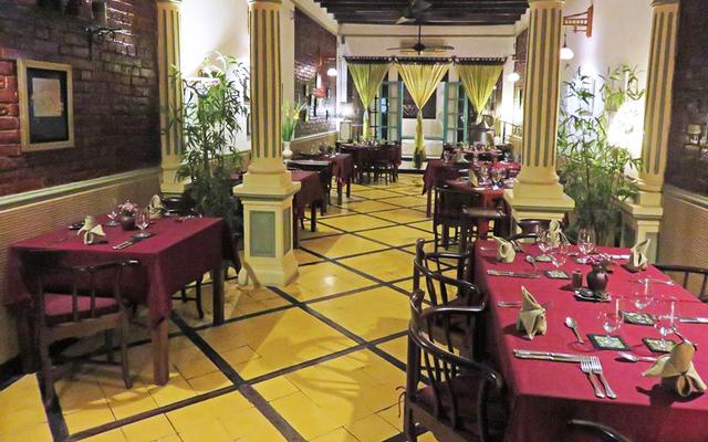 Green Tangerine Cafe - Restaurant
