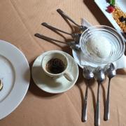 Tiramisu, kem 2 vị cùng espresso, kem cuộn nhồi hoa quả tươi