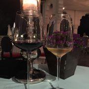 Rượu đỏ Chile & rượu trắn Pháp
