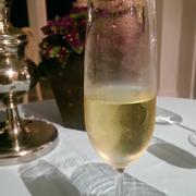 Champagne khai vị
