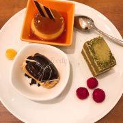 Dessert at Saigon cafe was so good! 😍😍😍😍