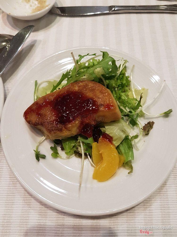 Garden Brasserie - Park Royal Hotel ở TP. HCM